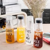 愛美百貨│韓系英文 Bottle風格水杯 透明冷水壺 隨手杯 水壺 水瓶