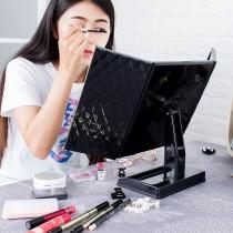 愛美百貨│45x23CM大尺寸可旋轉 經典菱格紋 桌上化妝鏡 桌上鏡 立鏡 三面摺疊鏡 放大鏡 鏡子