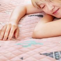 愛美百貨│70x150CM 純棉舒柔可機洗布藝防滑絎縫墊 沙發墊 坐墊 地墊 E033